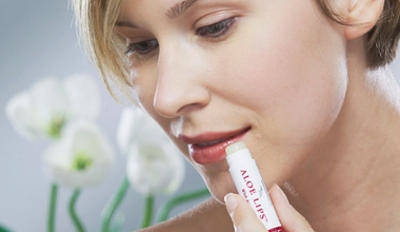 aloe lips used by woman